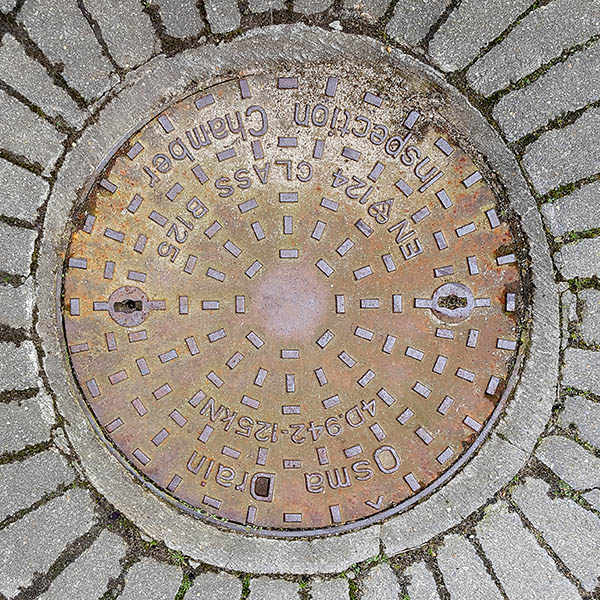 Manhole Cover, Essex - Cast iron with raised rectangle pattern, inscribed with OSMA DRAIN 4D.942-125KN EN 124 CLASS B125 INSPECTION CHAMBER